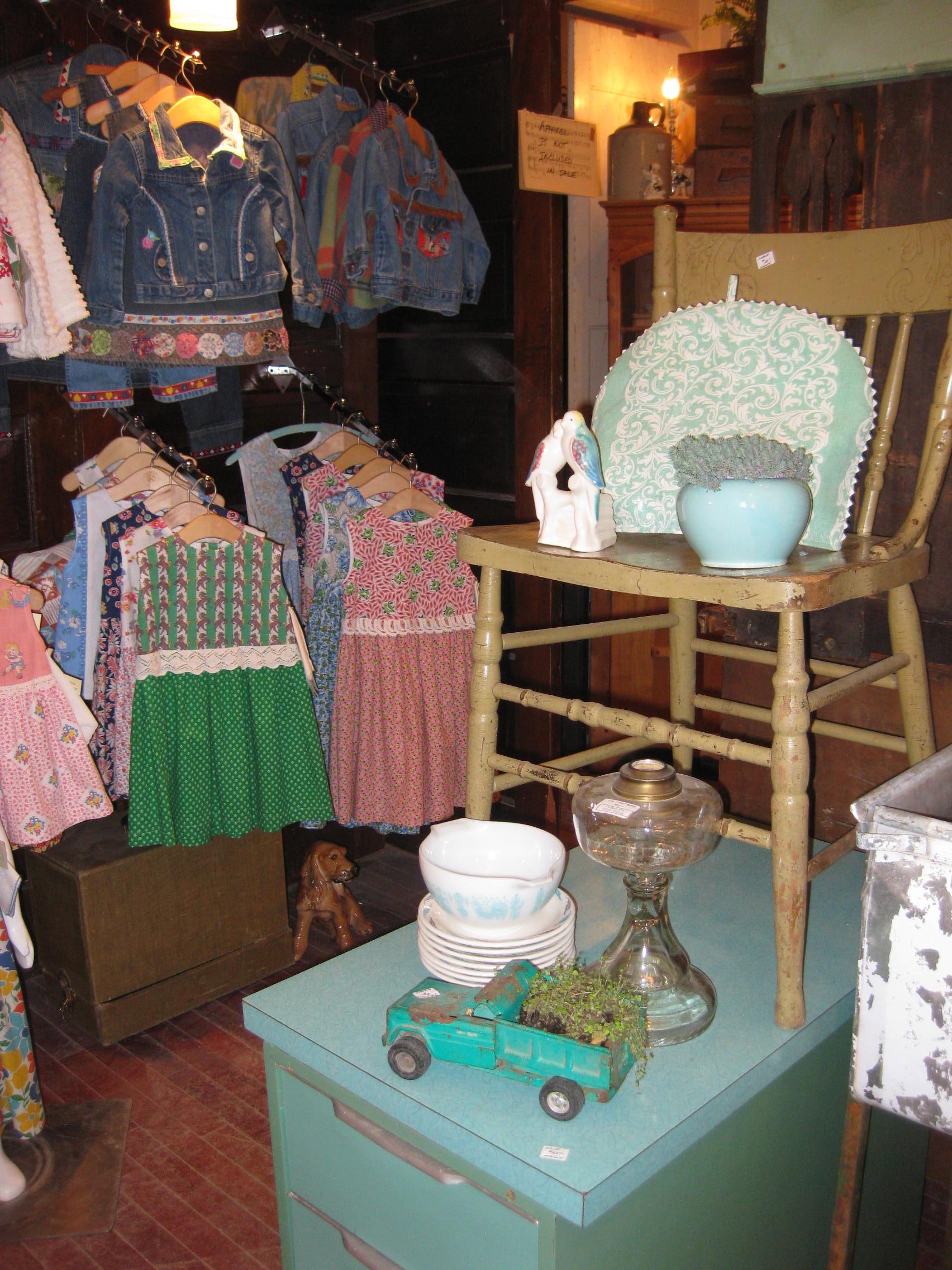 Grandma Alert - Sweet Kids Clothes at Shop 501